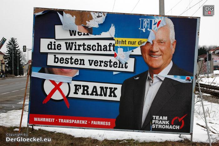 Team Stronach und sein blauer Hintergrund | Foto: DerGloeckel.eu