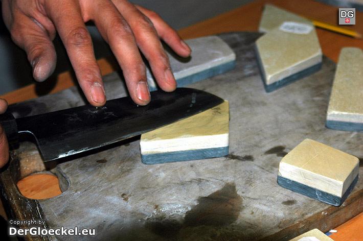 Messerschleifen mit Belgischer Brocken | Foto: DerGloeckel.eu