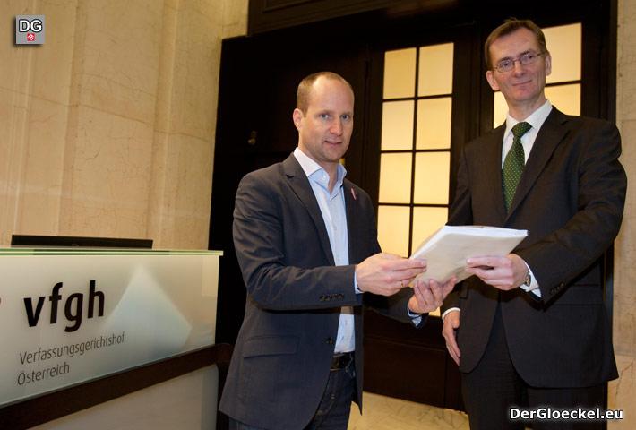 NEOS will Klärung zur Wiener Volksbefragung und punktet gegenüber Team Stronach