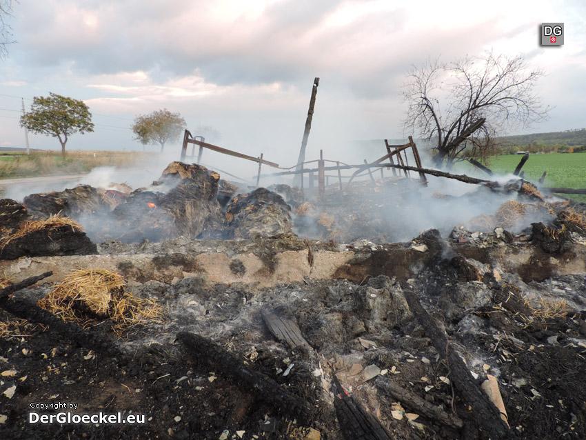 Scheunenbrand in Hainburg | Foto: DerGloeckel.eu