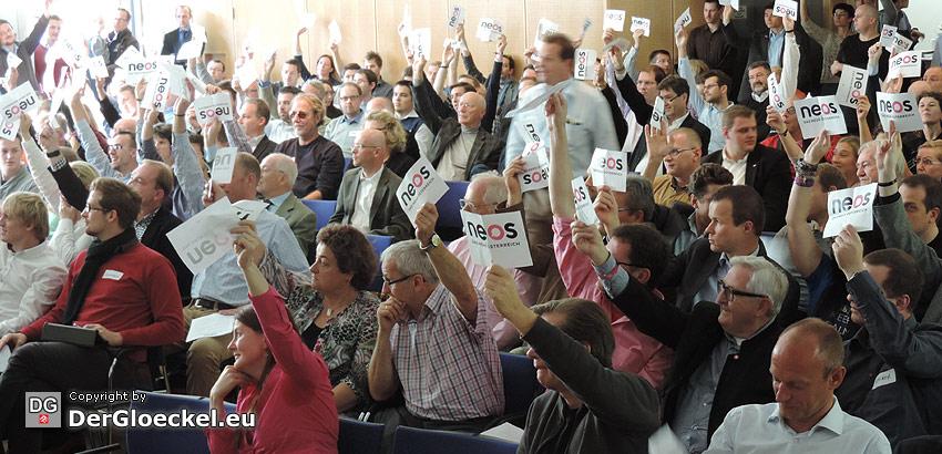 Voller Elan – die 2. Mitgliederversammlung von NEOS nach den Wahlen
