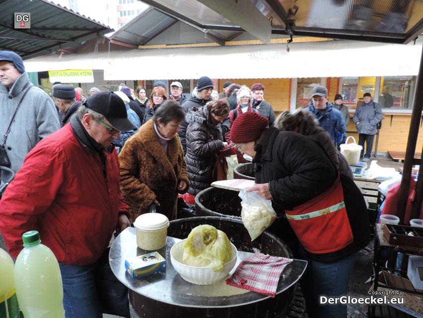 Markt in Bratisalva | Foto: DerGloeckel.eu